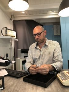 François Moppon, gérant de l'agence Or en Cash Lyon Bellecour