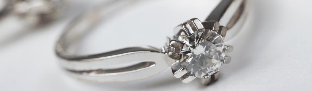 Le rachat de bijoux en argent ou plaqué or par Or en Cash