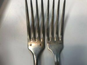 Poinçon métal argenté