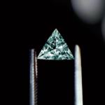 diamant vert triangulaire